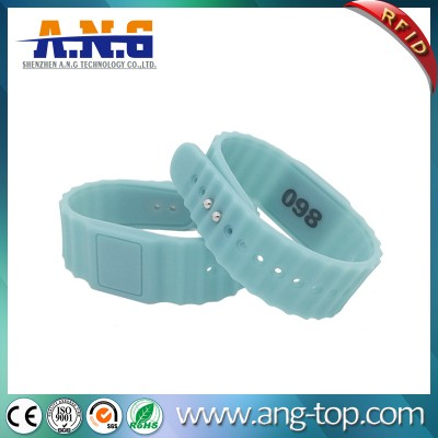 Eco-friendly Silicone RFID Bracelets For Fitness Center
