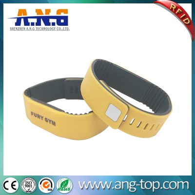 MIFARE 1K 13.6Mhz Double Color RFID silicone wristband