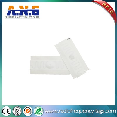 Washable Long Range RFID Flexible Silicone Fabric UHF Laundry Tag