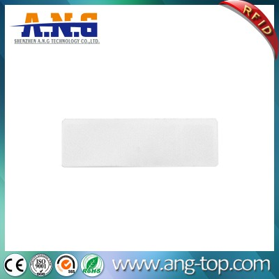 860~960MHz Non-Woven Fabric RFID UHF Laundry Tag for Laundry Store