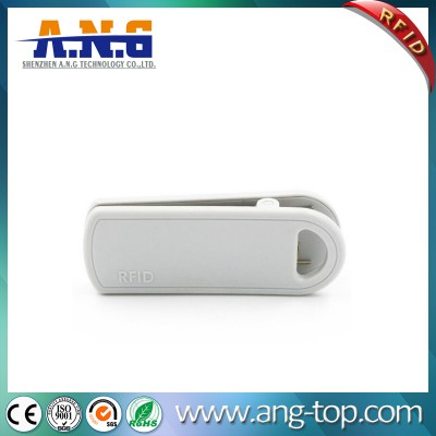 860~960MHz RFID UHF Clip Hard Tag for Clothing Management