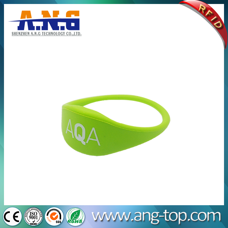 Dustproof and Waterproof 13.56MHz soft silicone RFID wrist band