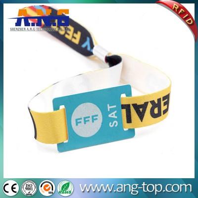 13,56 RFID tissé Tissu Wristband avec l'impression de logo personnalisé