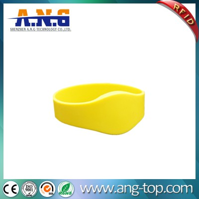 Waterproof Flexible RFID Silicone Bracelet For Swimming Pool
