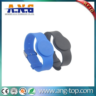 125Khz Watch Style Silicone RFID Enabled Wristbands For Swimming Pool