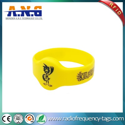 ISO14443 13.56MHz RFID Miifare Silicone Party Wristband