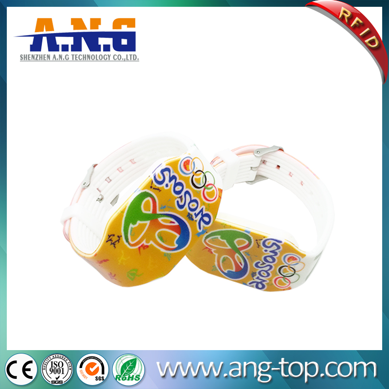 Ntag216 Cartoon Logo RFID Wristbands Watch For Waterparks